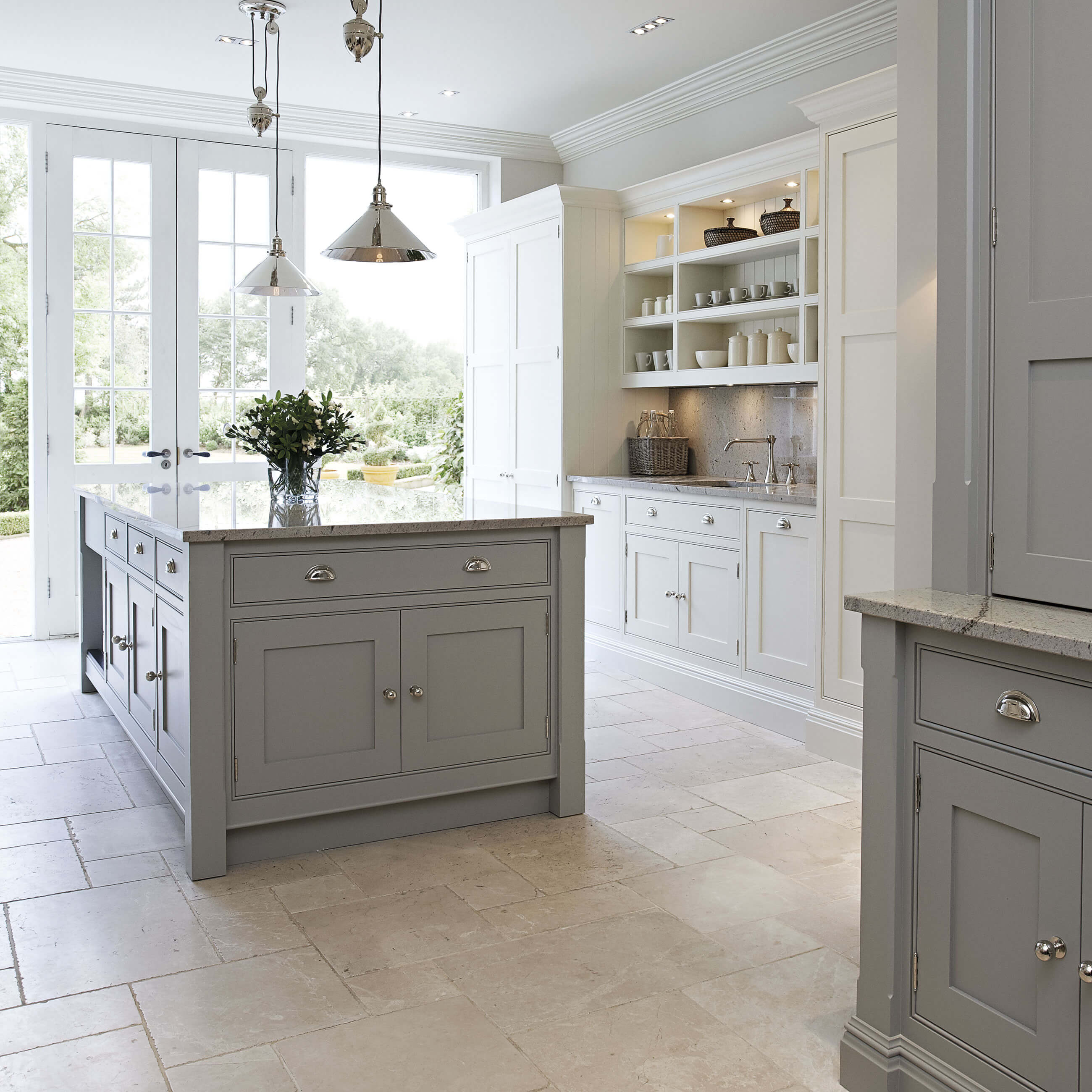 Contemporary Shaker Kitchen | Modern Shaker Kitchen | Tom Howley