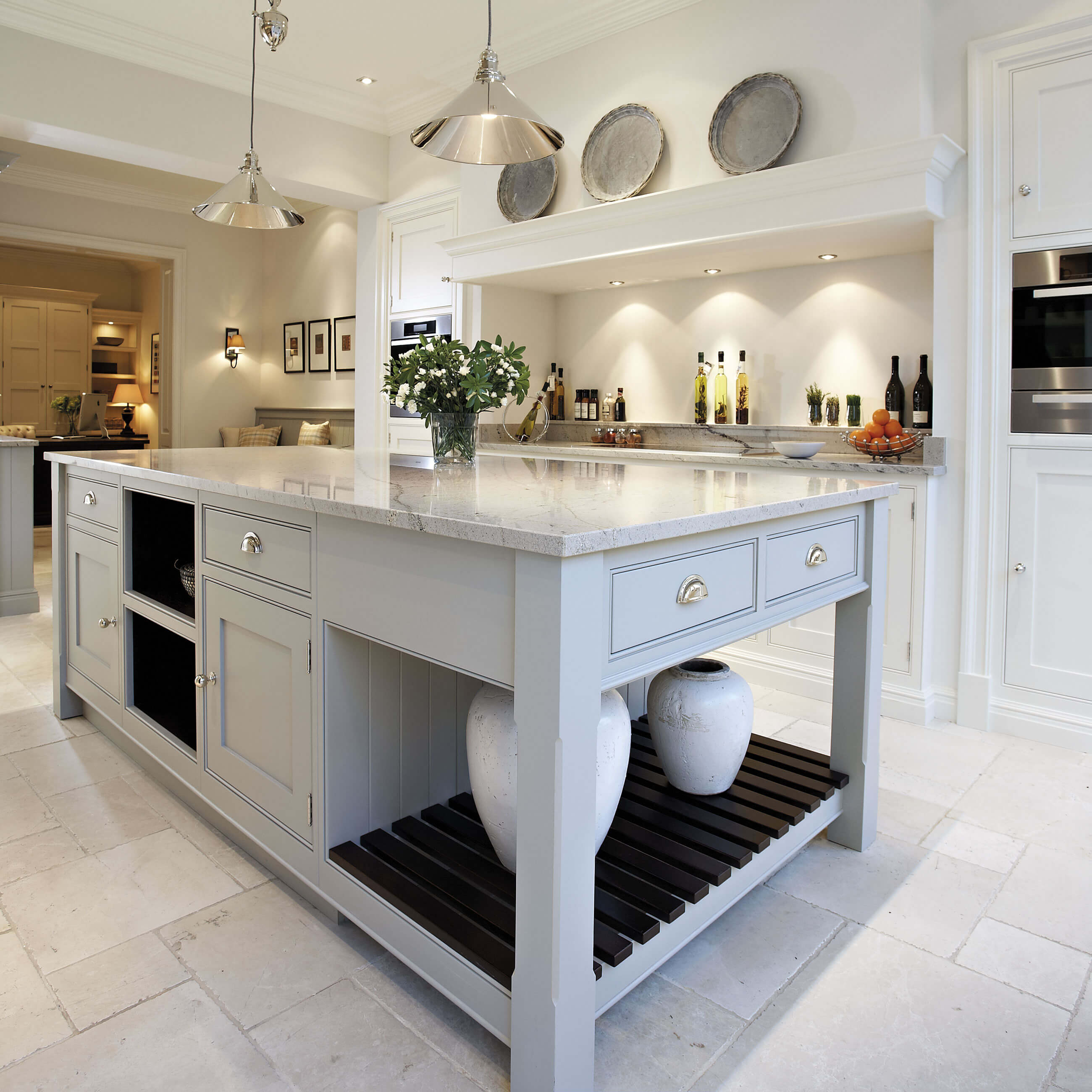 Contemporary: Contemporary Shaker Kitchen