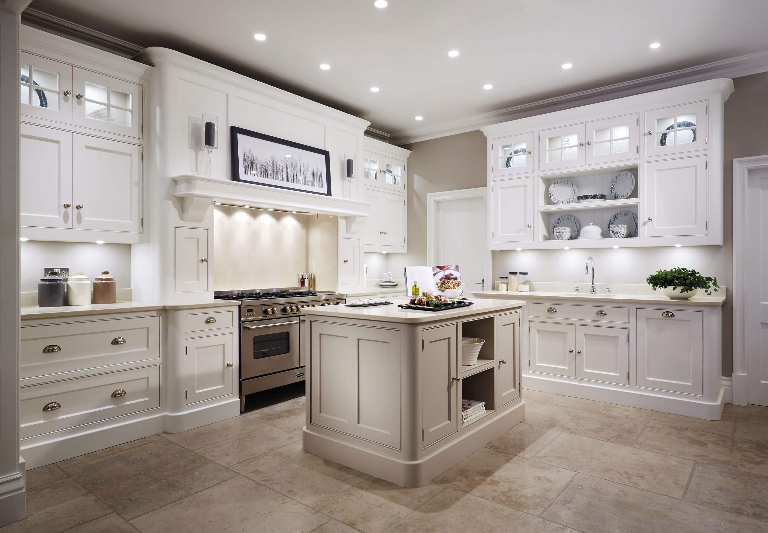 Cream painted kitchen tom howley for Kitchen design planner
