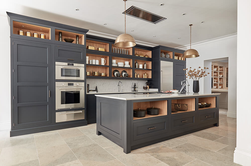 Dark Grey Shaker Style Kitchen