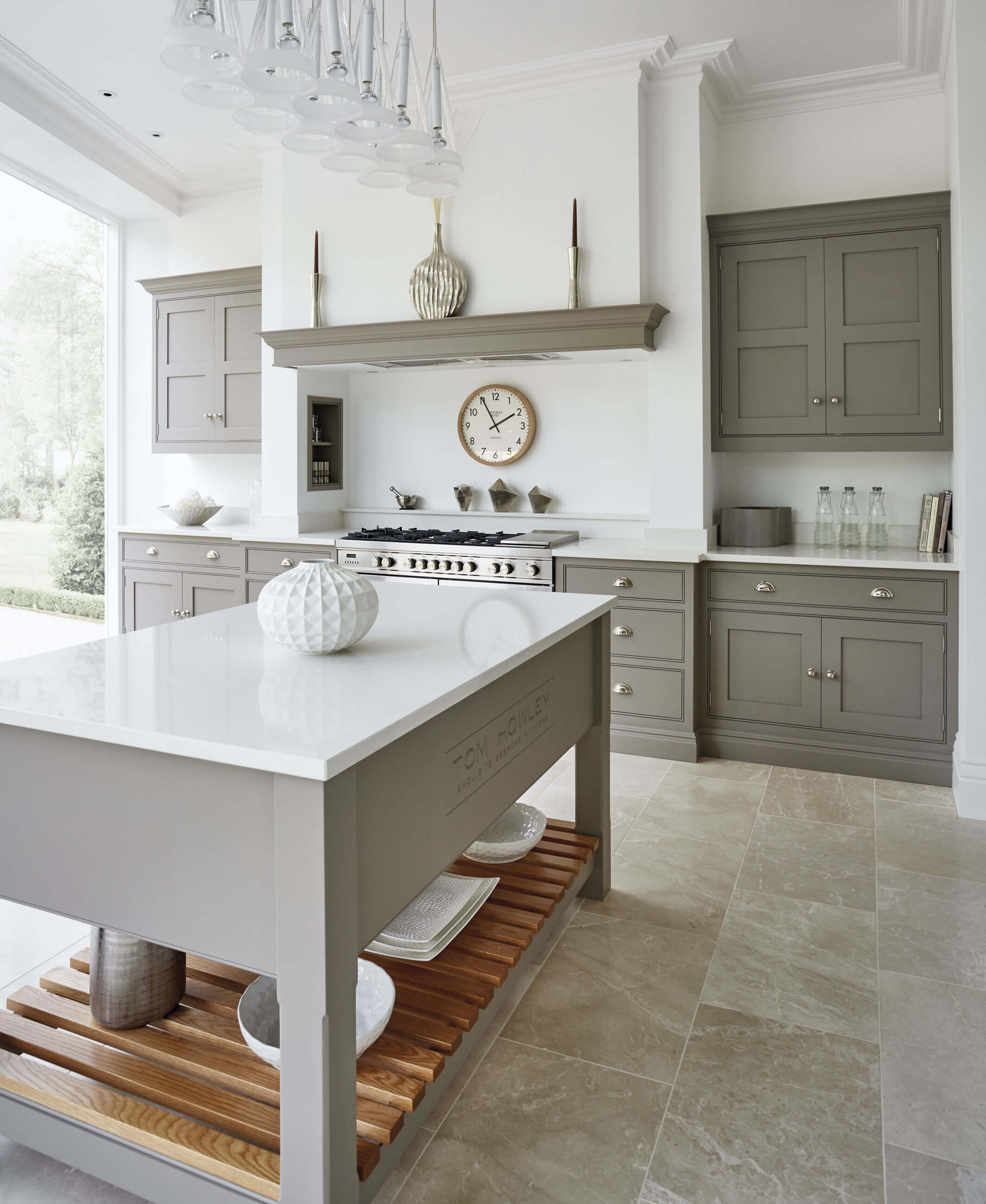 Grey And White Kitchen Part - 22: Key Features