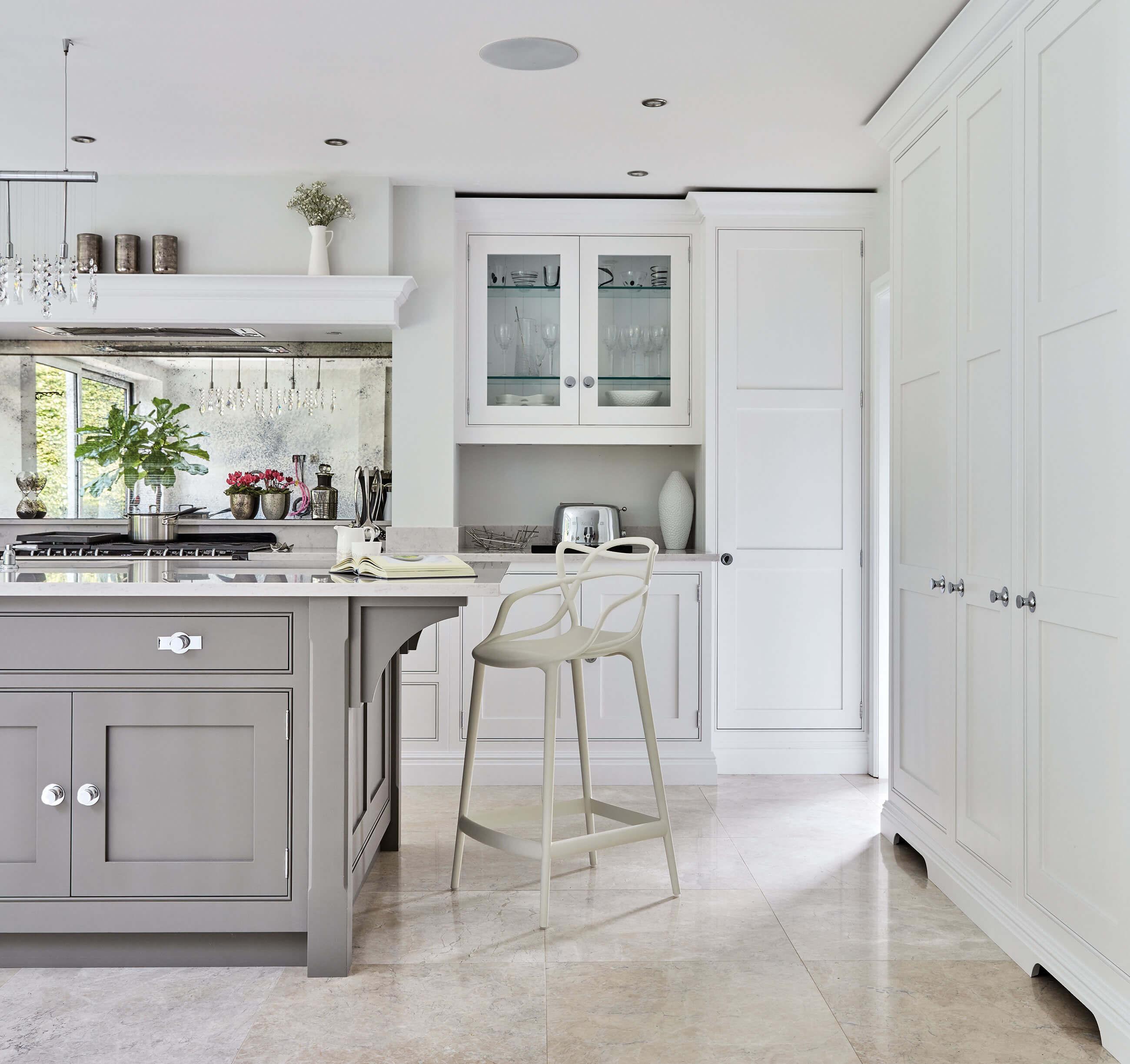 Project Profile – Elegant Hartford Kitchen | Tom Howley