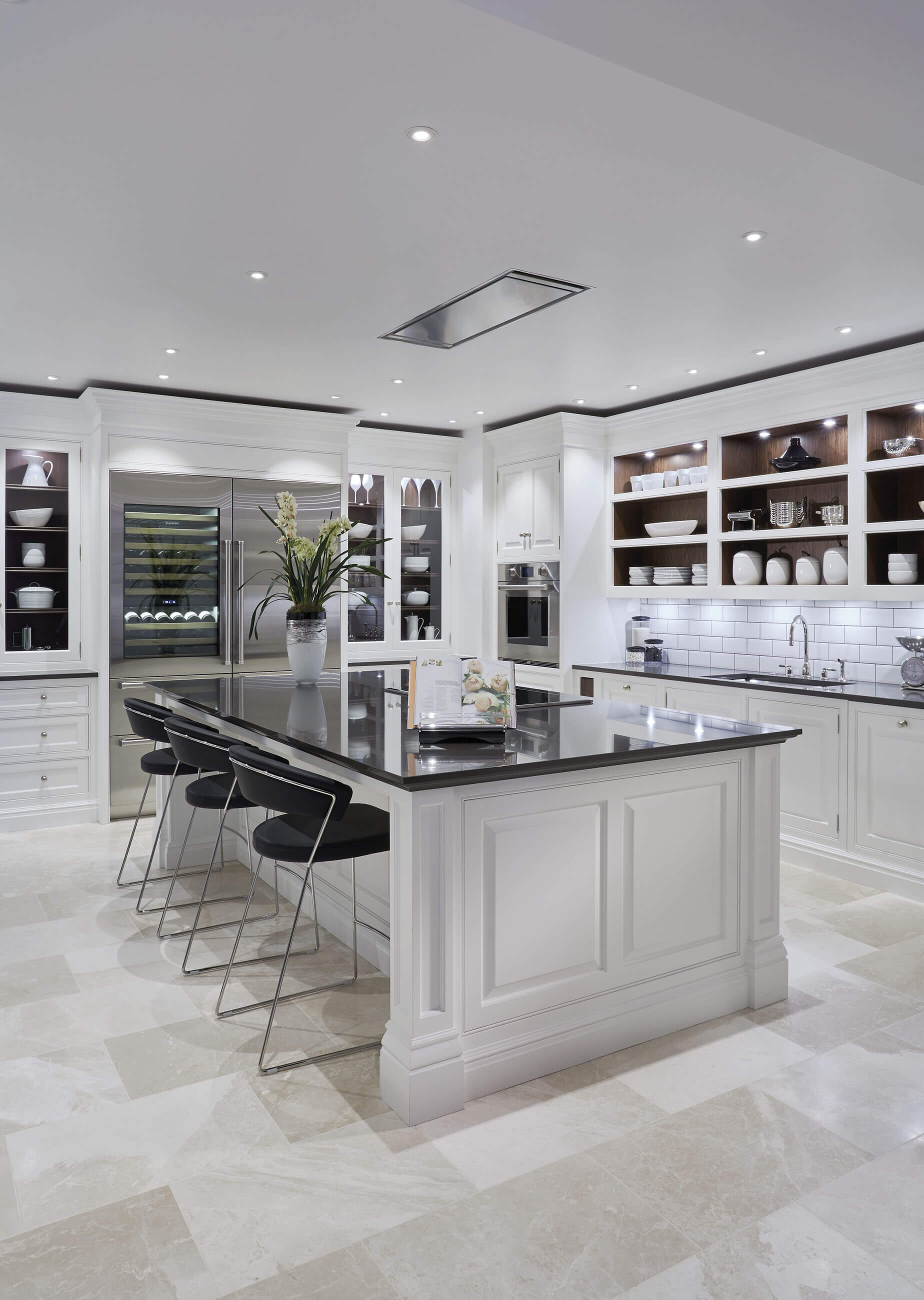 kitchen design uk luxury grand kitchen tom howley 4599
