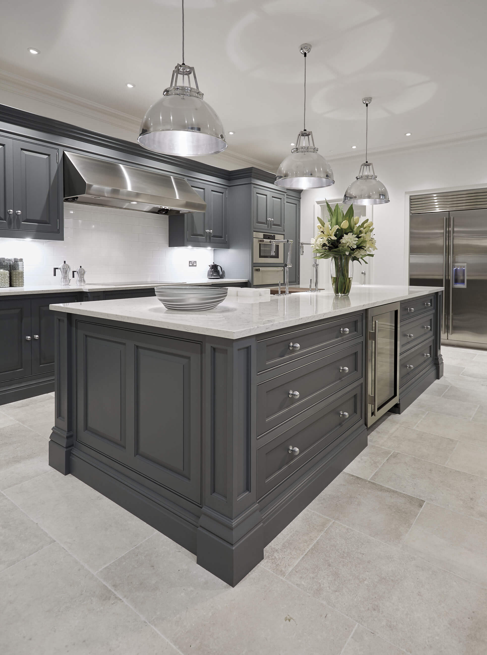Luxury Kitchen Design Grand: Luxury Grey Kitchen