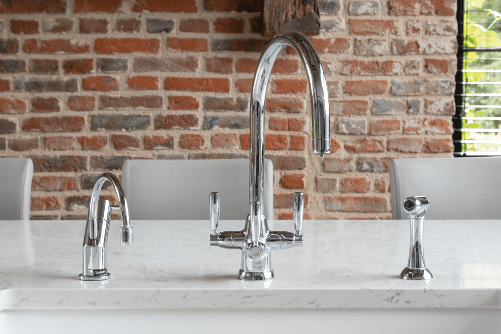 Modern Kitchen Boiling water tap 2