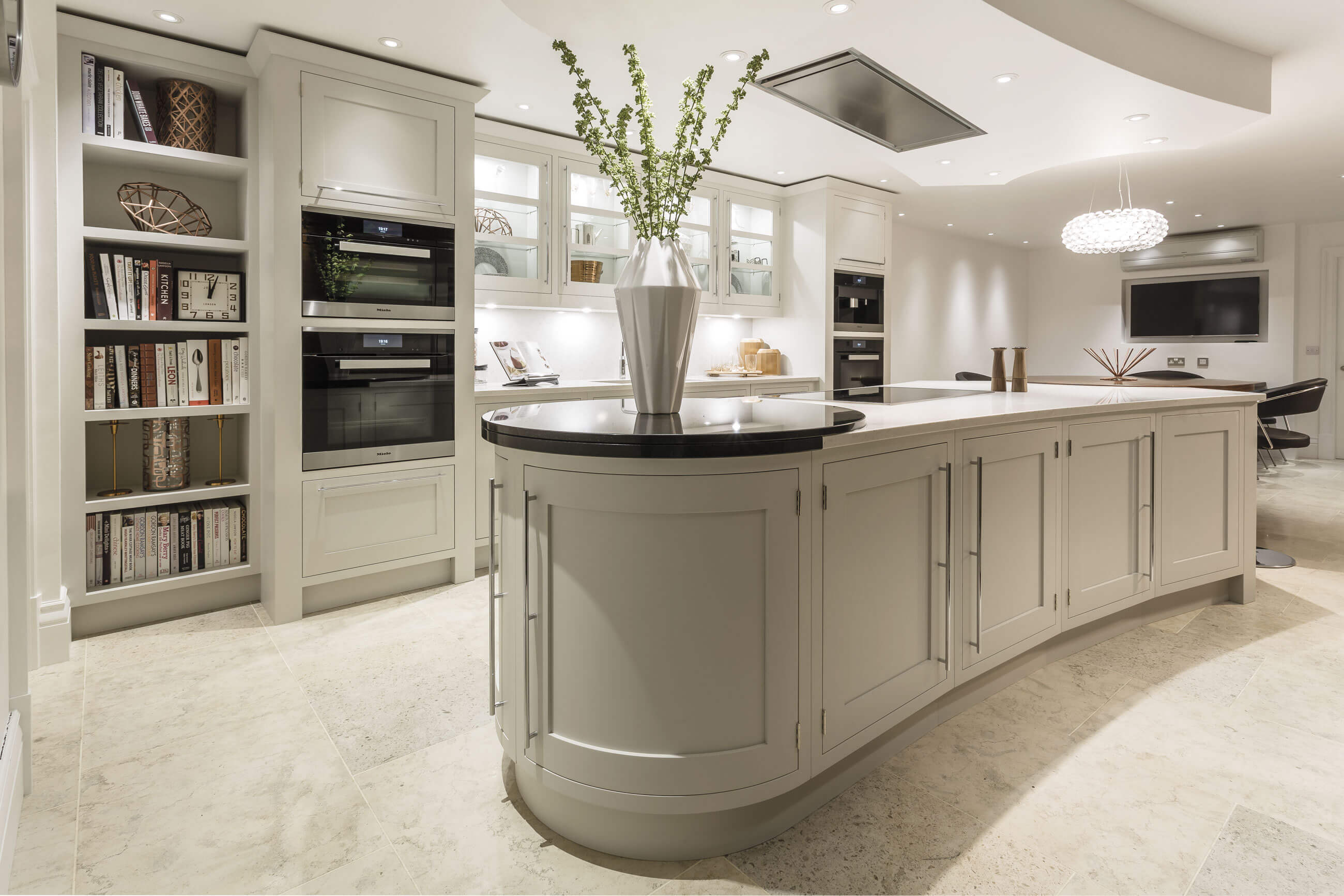 Perfect kitchen tom howley for Picture perfect kitchens